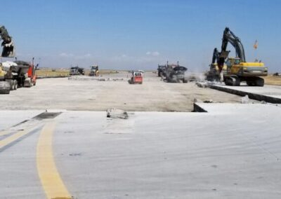Interstate Highway Construction Contract Examination Follow-up Report